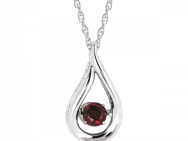 Pendants & Necklaces - Garnet Shimmering Pendant